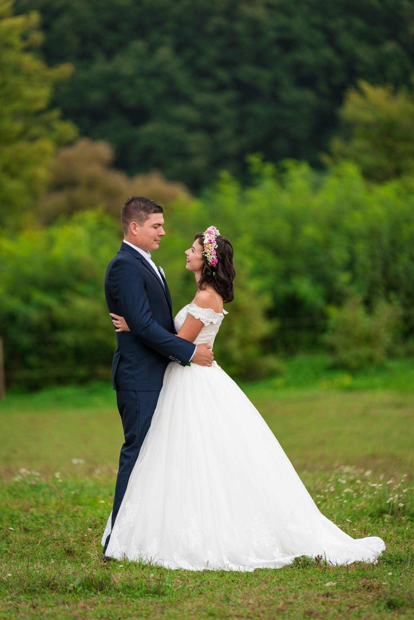 keres nőt esküvő fotó